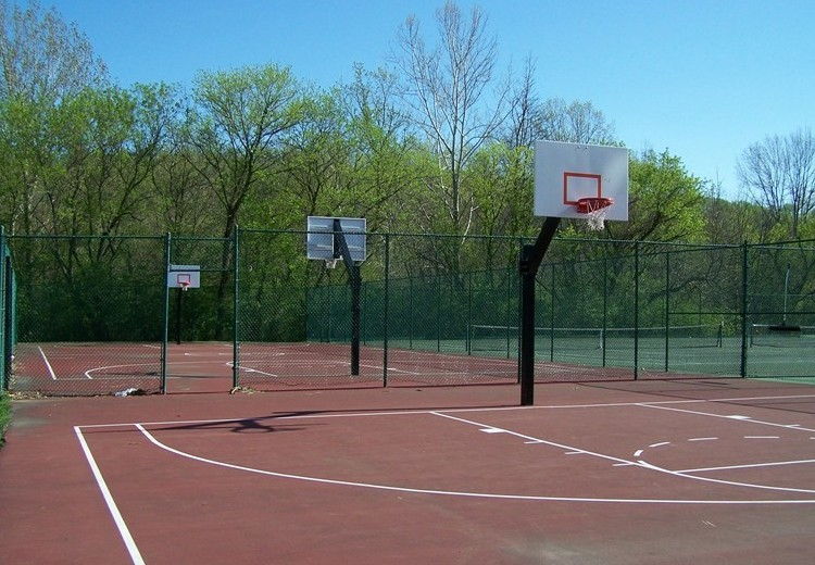 Beau Outdoor Basketball Courts