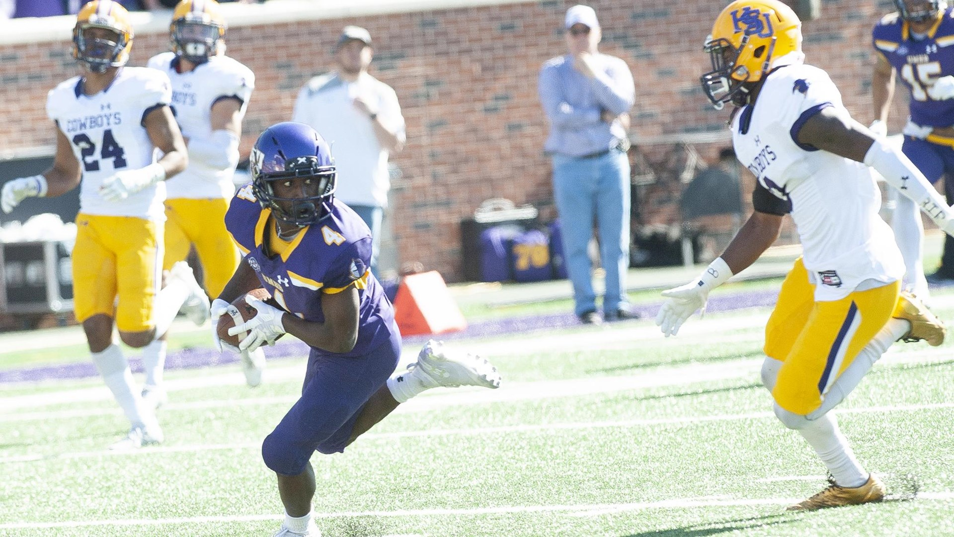Football Tops Hardin Simmons In Ncaa First Round Game University