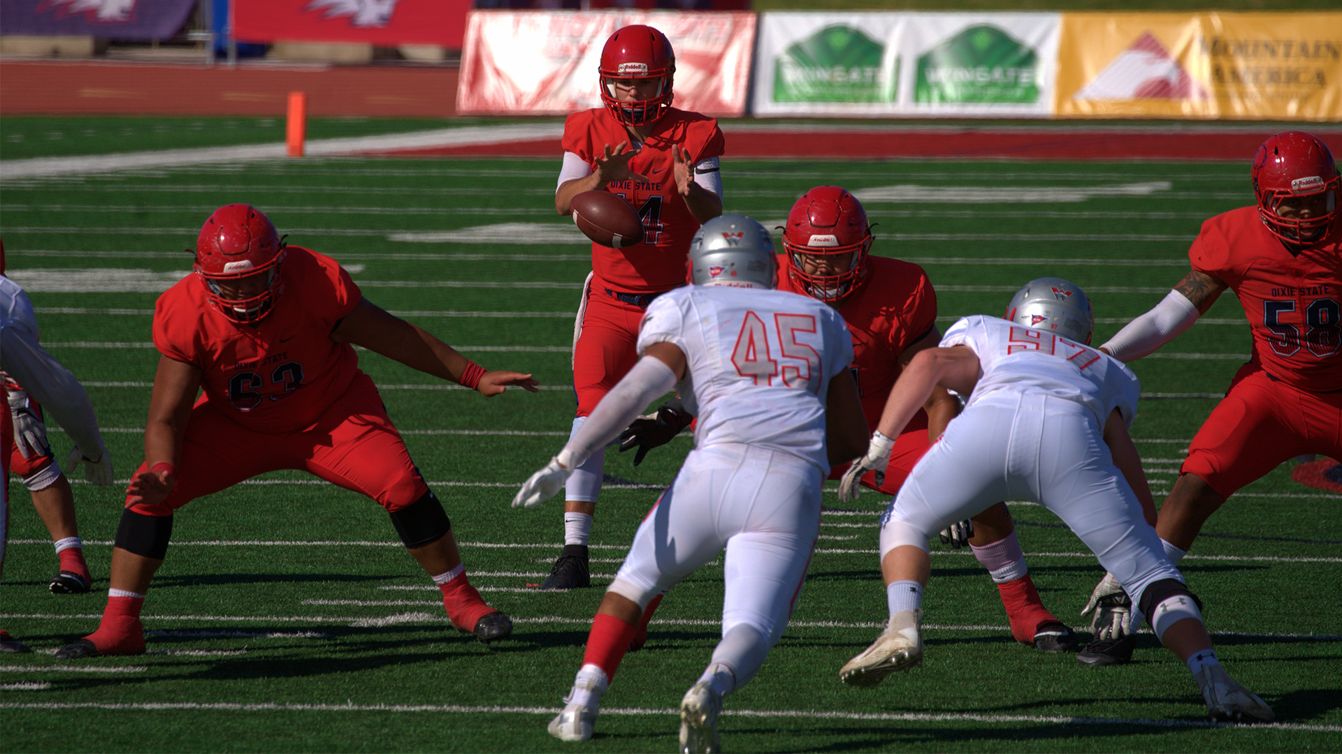 Football Set For Rmac Showdown At Chadron State Dixie State