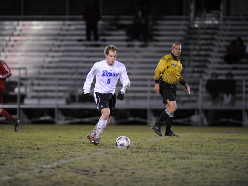 22 Drake Closes Out Seven-Match Road Swing Before Returning Home For MVC. Men s  Soccer 0a1a68c14