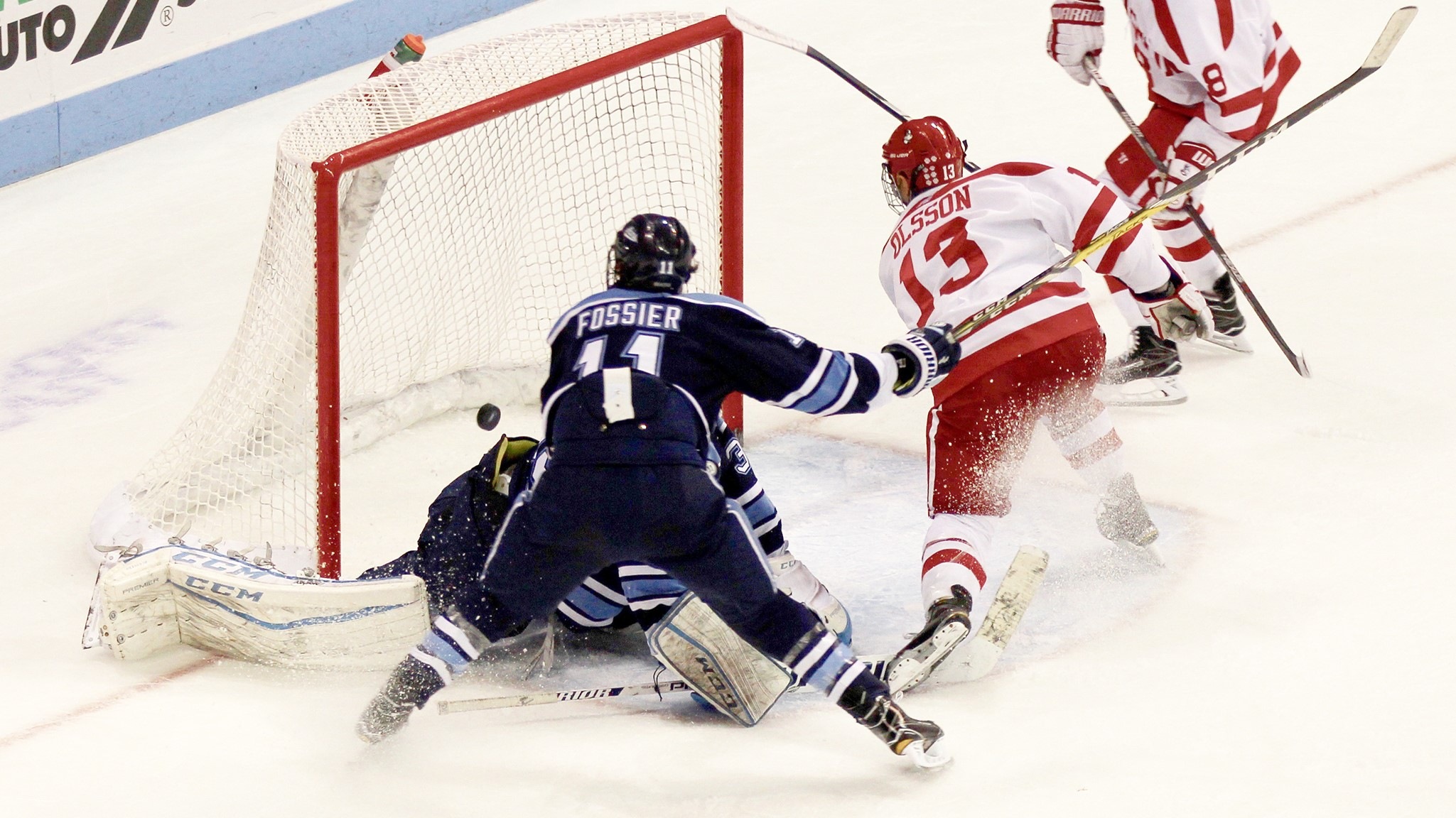 Late Burst Lifts No. 3/4 Terriers Past Maine, 4-1 ...