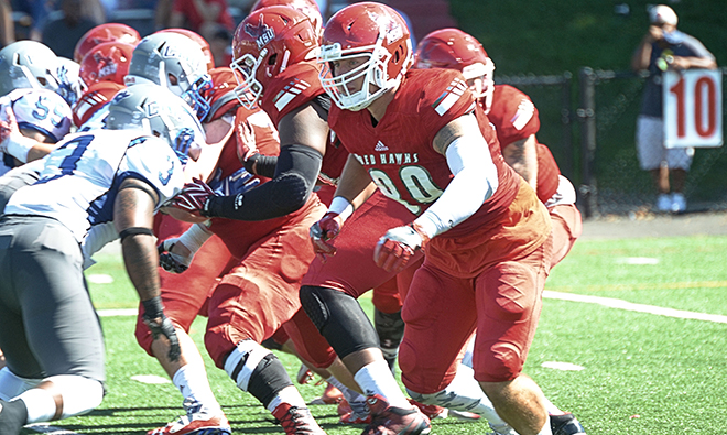 Football Battles Salisbury In Homecoming Contest Montclair State