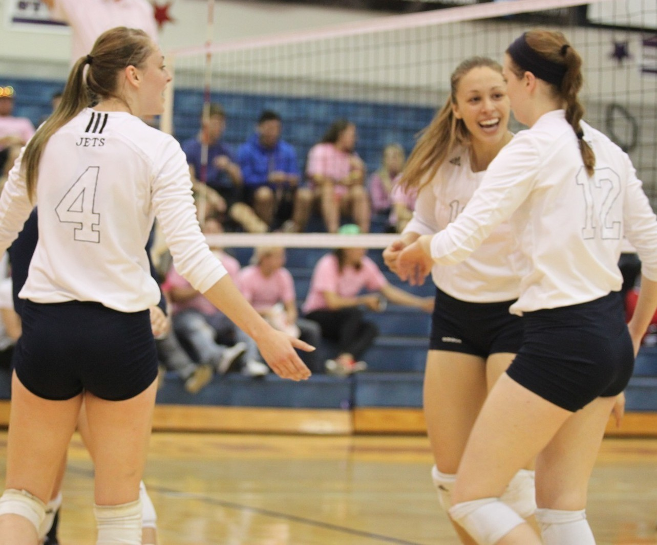 3 Lady Jets Earn Volleyball 1st Team All Heartland Conference