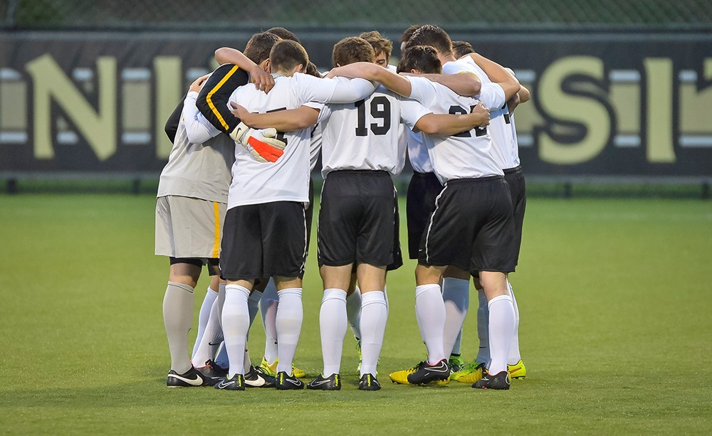 Men's Soccer Takes on Marshall in Mid-Week Fixture - Northern