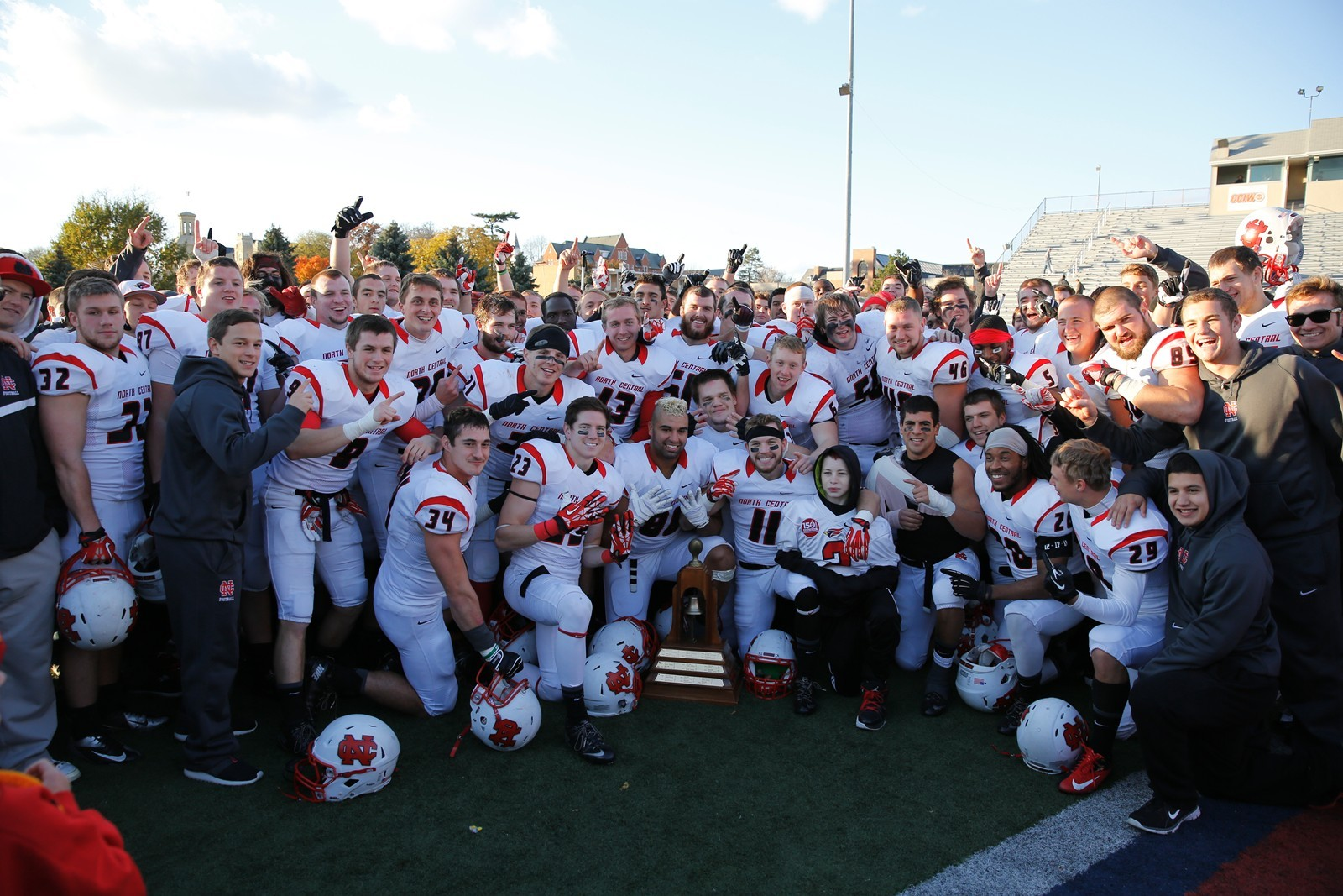 Cardinals Stay No  2 in Regional Football Rankings - North
