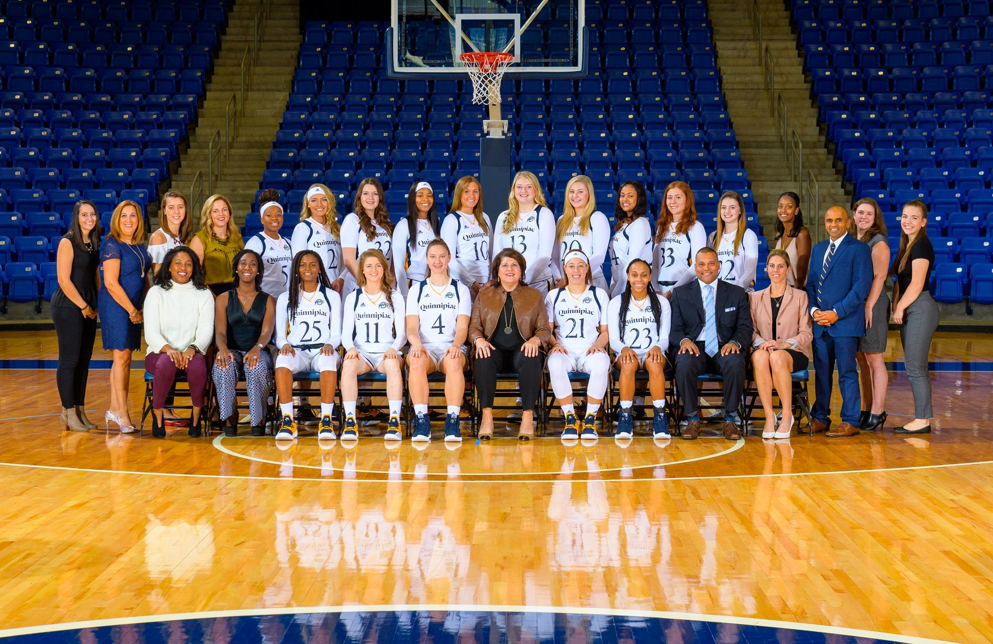 WBB Team Photo 2018-19