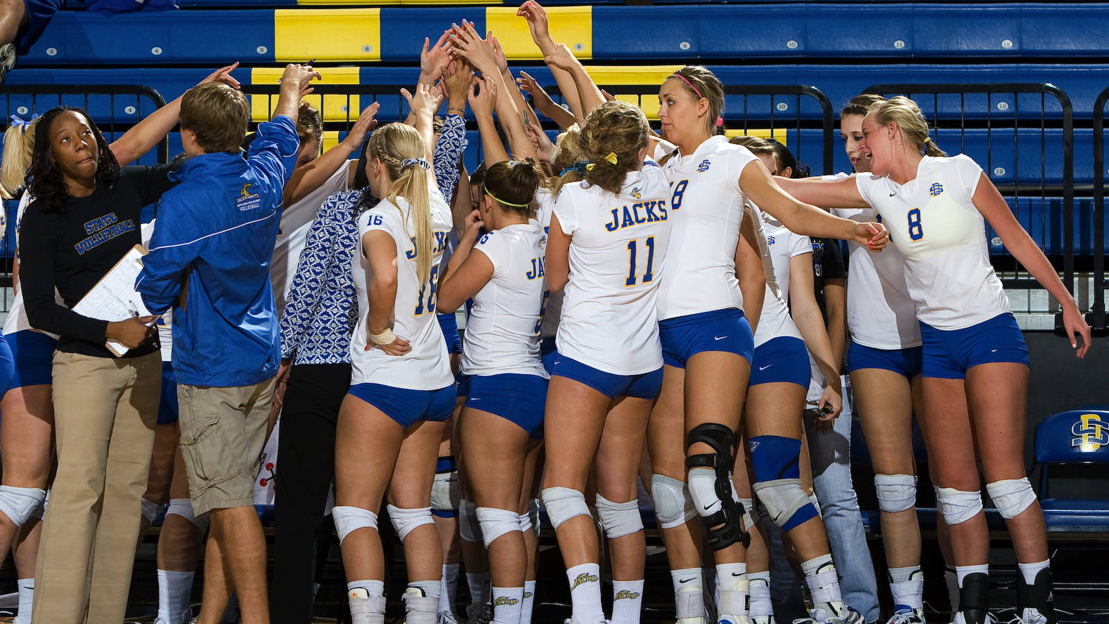 South Dakota State Athletics - Volleyball team earns ...