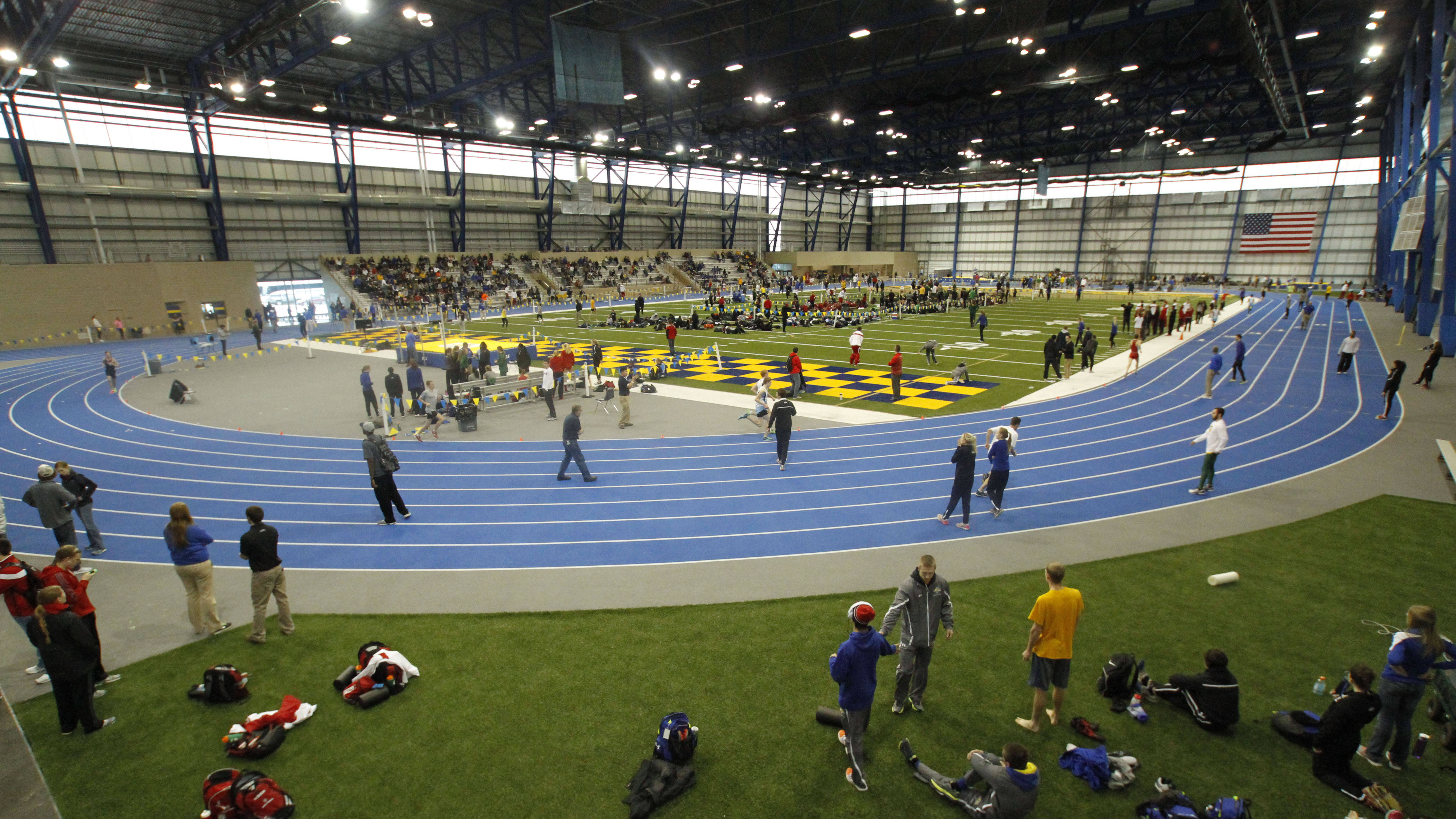 sd state track meet 2015