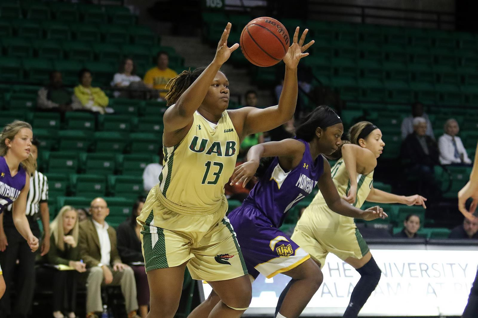 uab offense explodes in 113-20 win over montevallo - university of