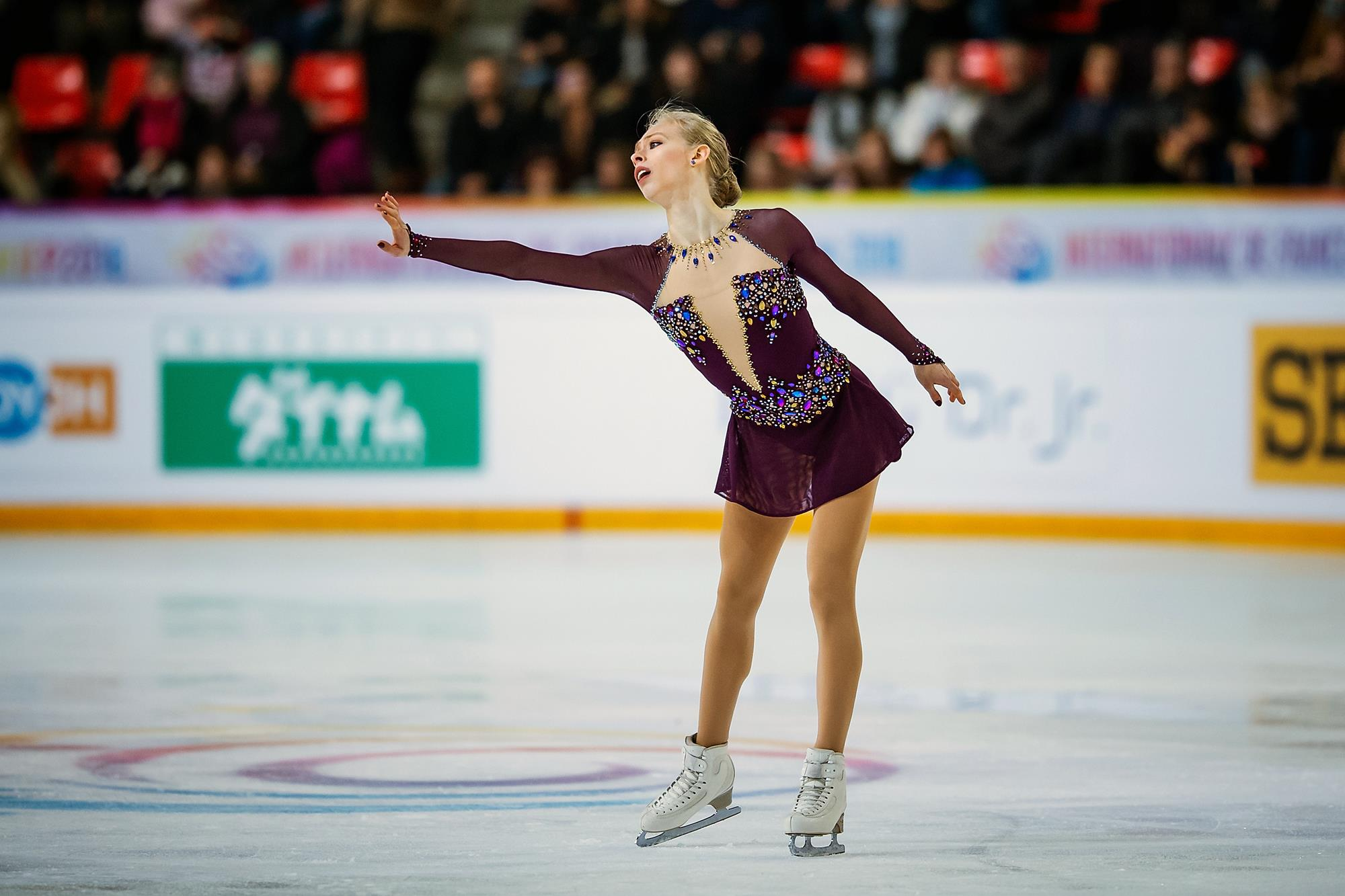 1bf4fd40fd8 A New Day: Skaters Look for a Fast Start in Motor City - U.S. Figure ...