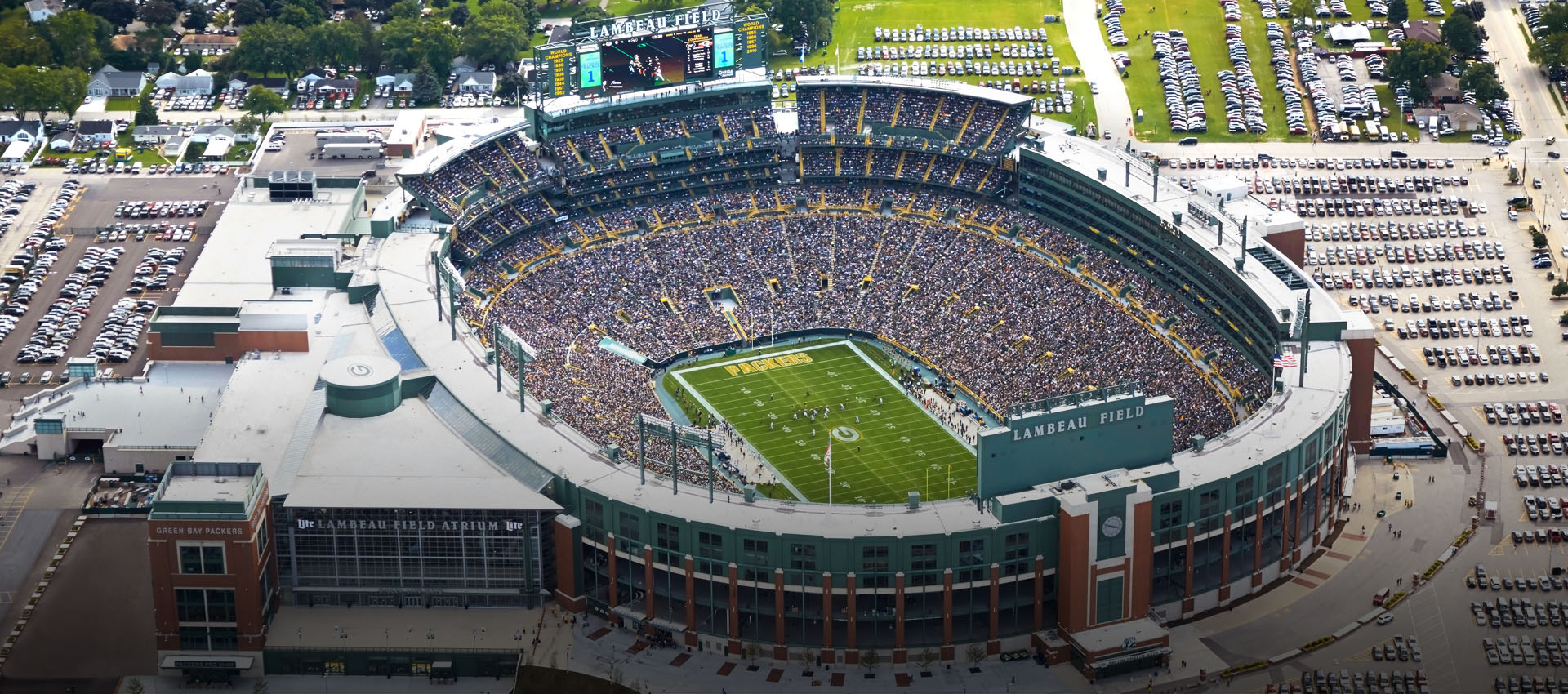 fbc31a92980 Badgers fans reminded of Lambeau Field carry-in policy