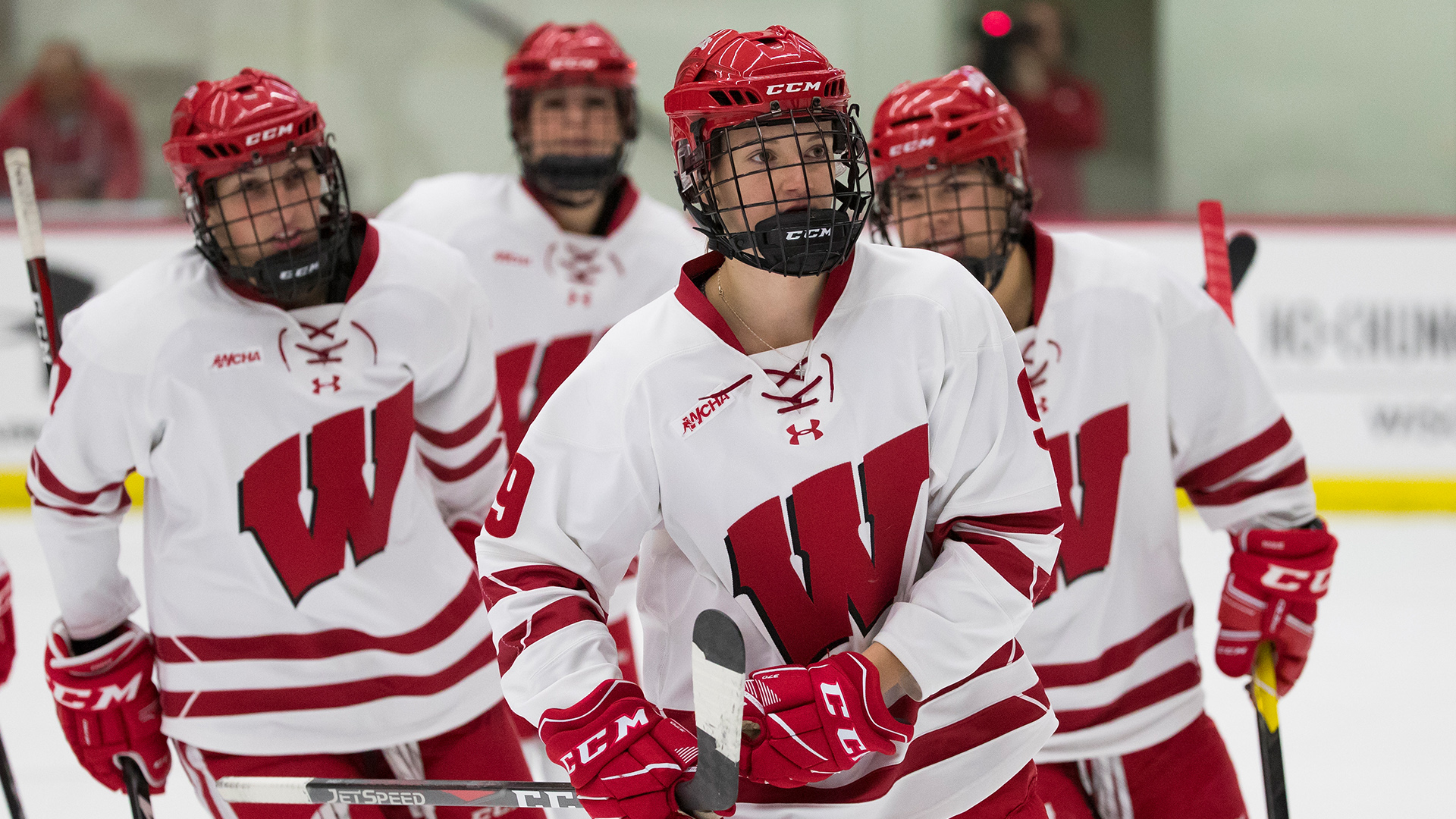 229305d2be90 Five Things to Know  No. 2 Badgers vs. Mercyhurst