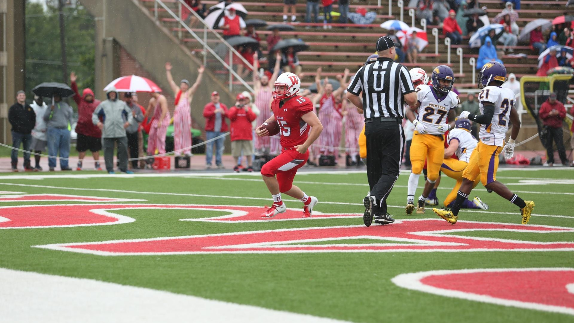 Seniors Lead Little Giants To 16-13 Win Over Wisconsin-Stevens Point - Wabash College Athletics