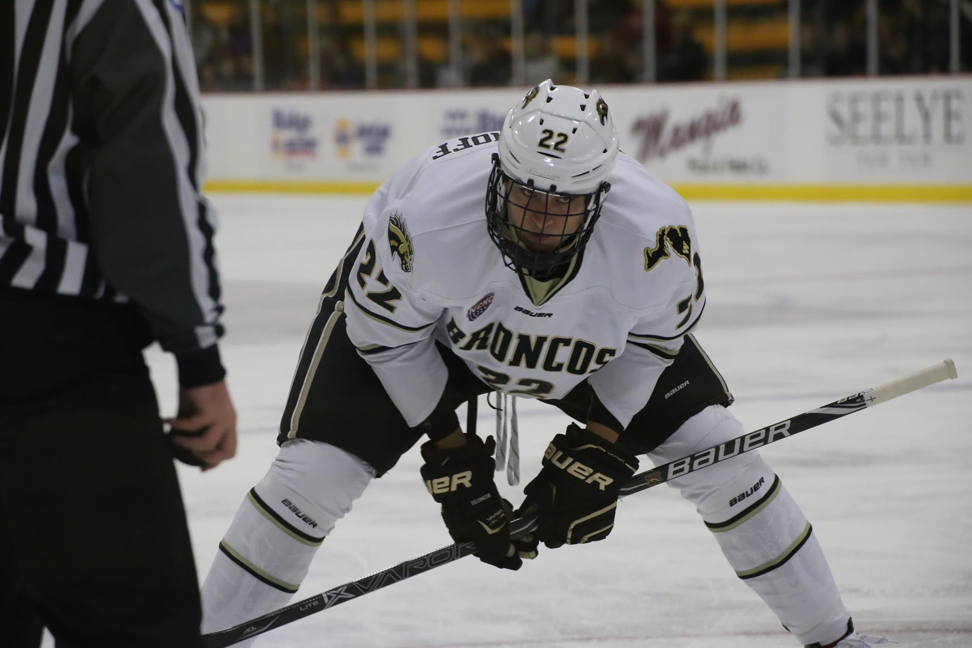 Hockey Stumbles Against No. 18 Colgate - Western Michigan University ... 7ec38aa428a