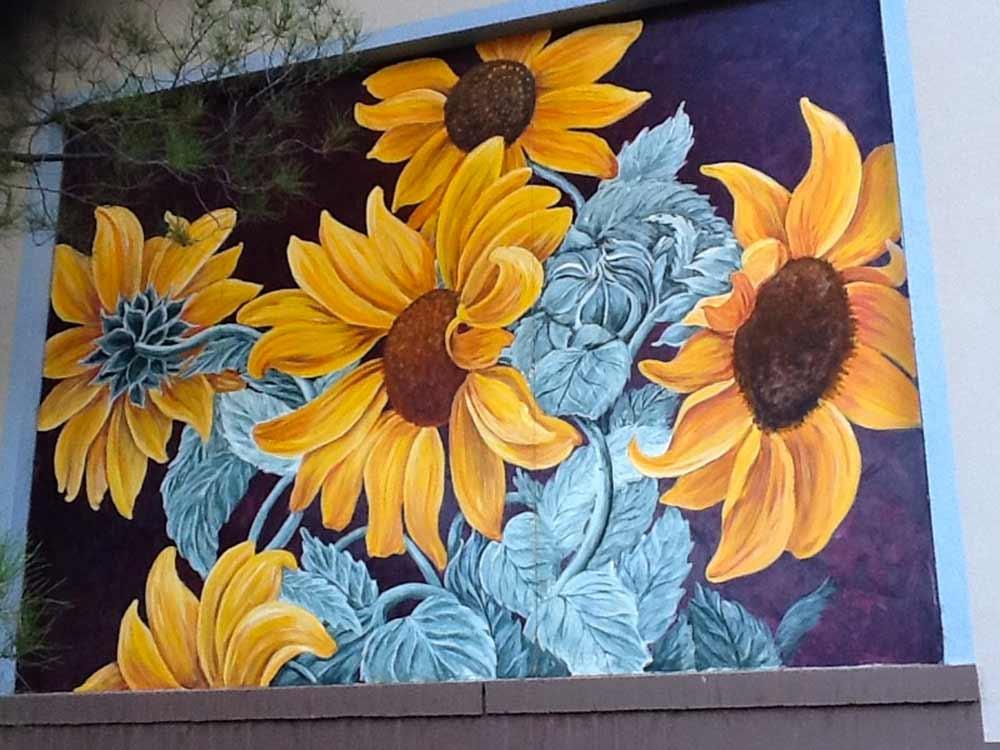 mural by Delmas Howe