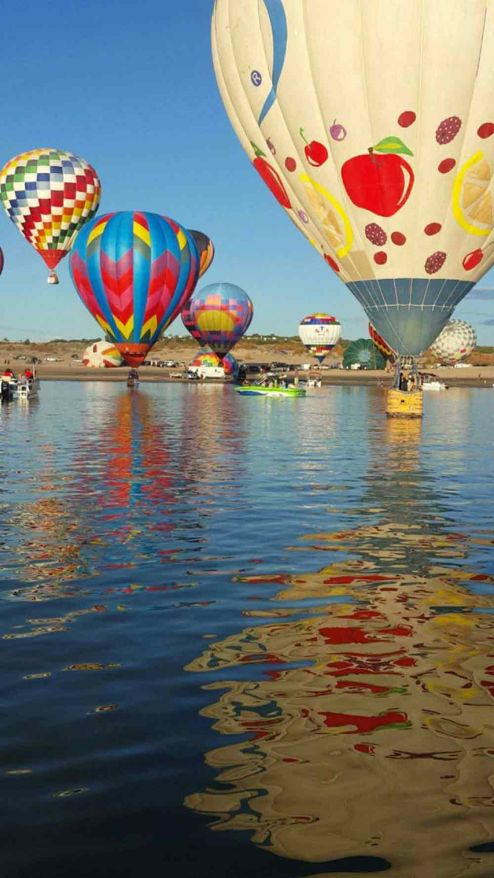 Elephant Butte Balloon Regatta - photo by Haley Woolf