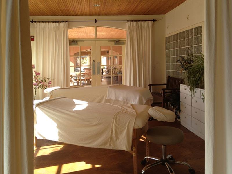 massage room at Sierra Grande Lodge