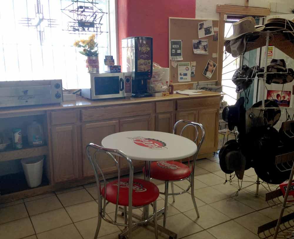 Baqueras Grocery, Arrey NM