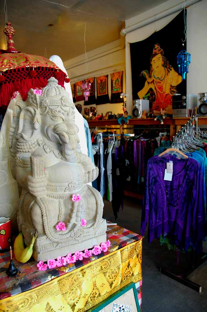 statue of Ganesh at Second Hand Rose / The Sacred Rose in downtown Truth or Consequences New Mexico