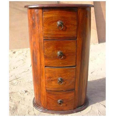 Vineland Solid Wood Oval Shape Corner End Table