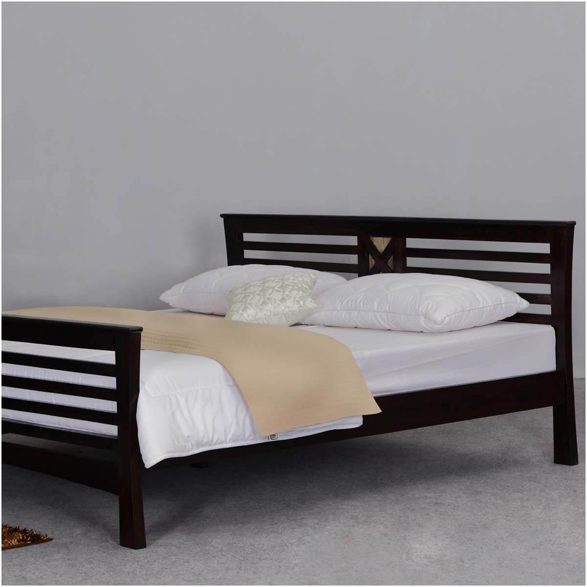 . Texas Solid Wood Modern Platform Bed Frame w Headboard   Footboard