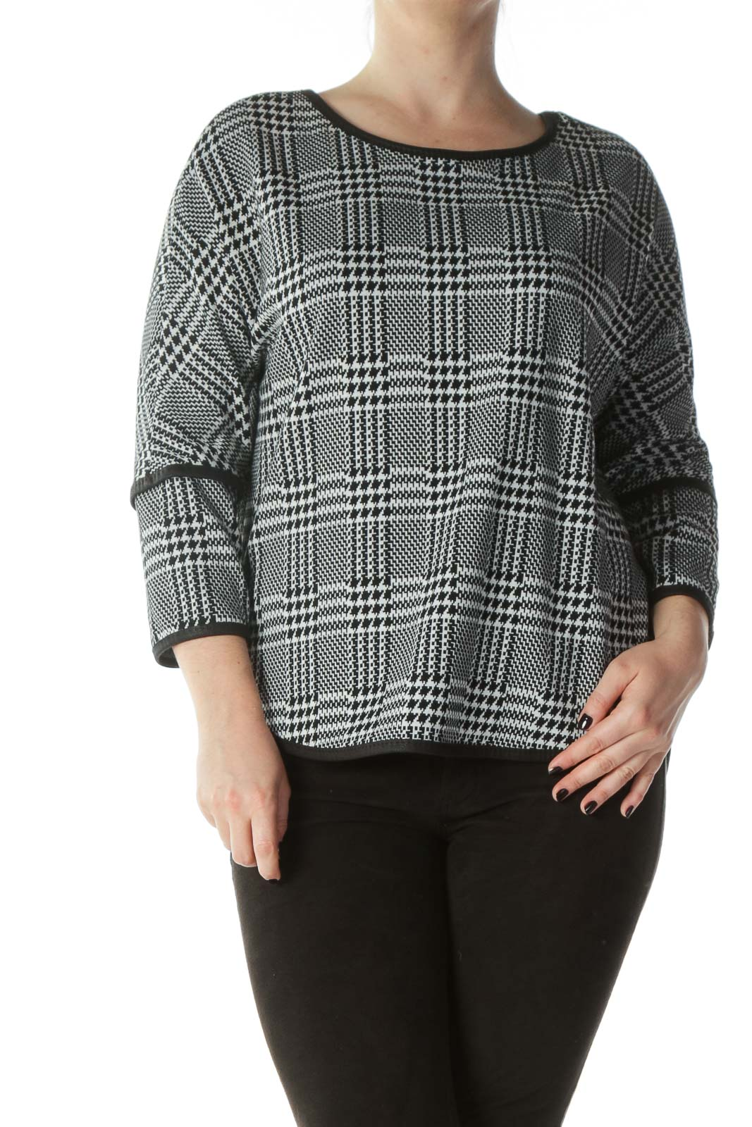 Black White Houndstooth Patterned Knit Top