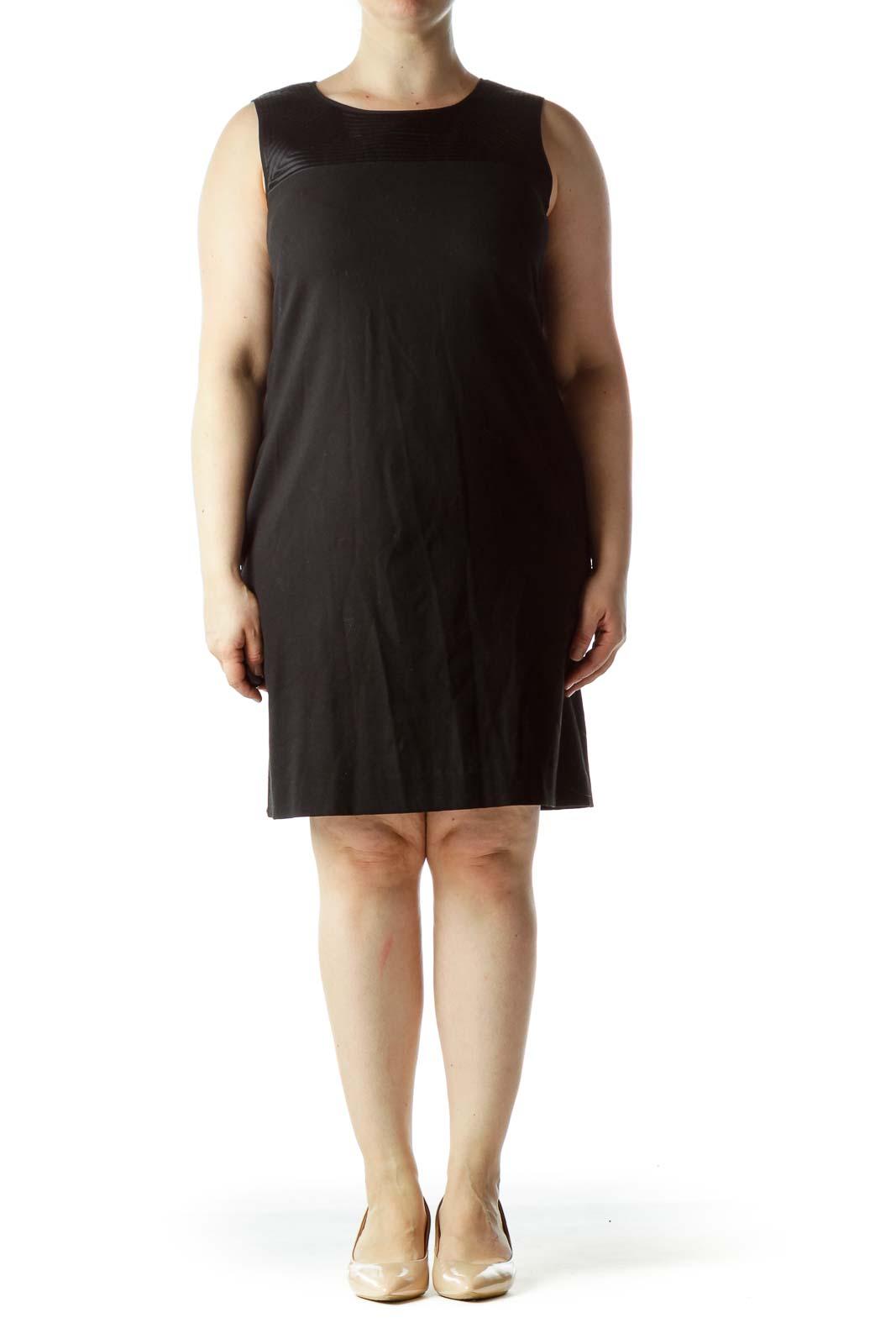 Black Round Neck Textured Neckline Dress