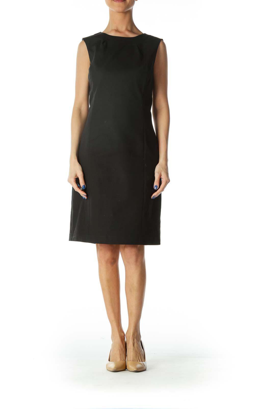 Black Structured Cut Sheath Dress