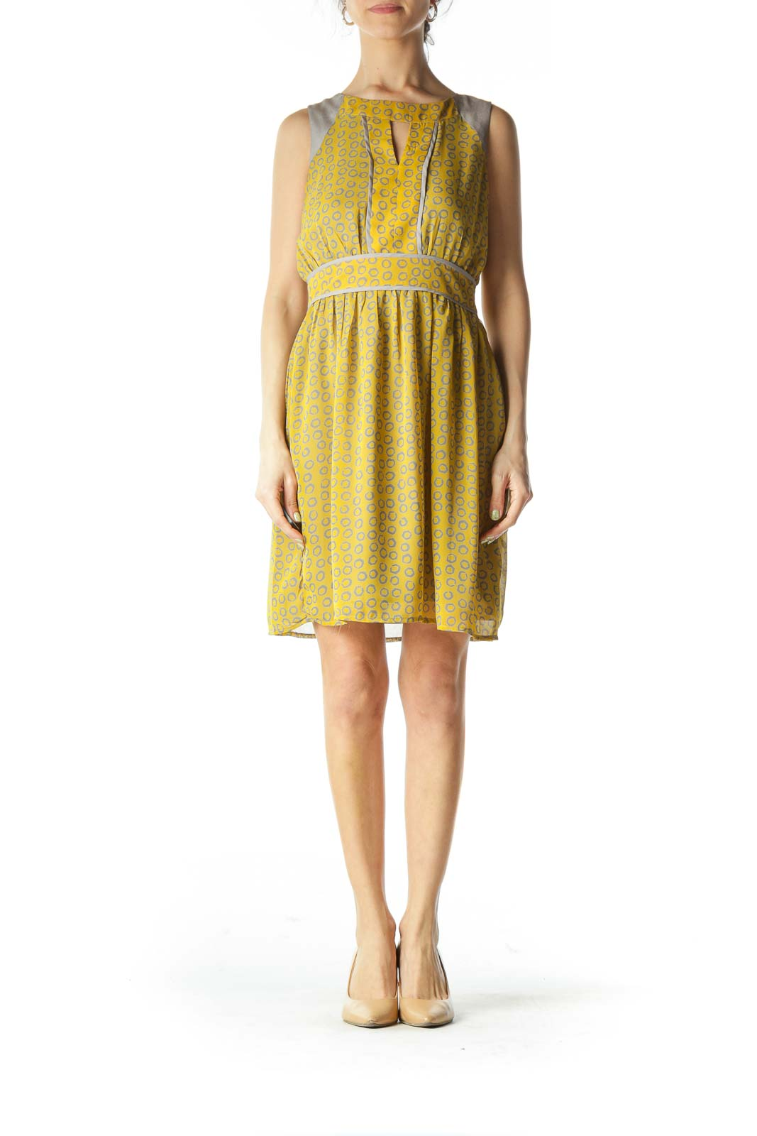 Gray and Yellow Circle-Patterned Peep-Hole Day Dress