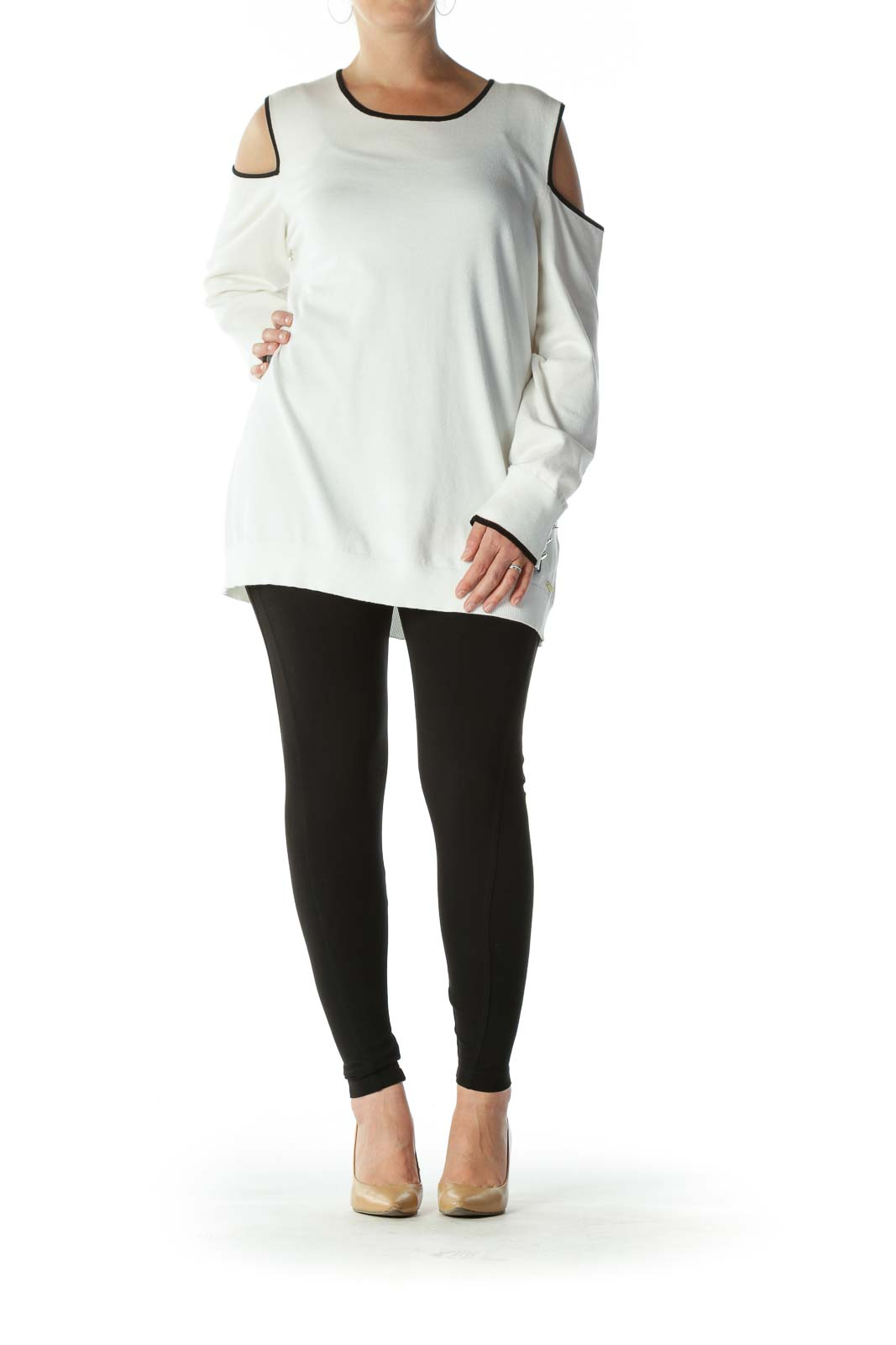 Cream Black-Contrasting-Trim Cold-Shoulder Knit Top