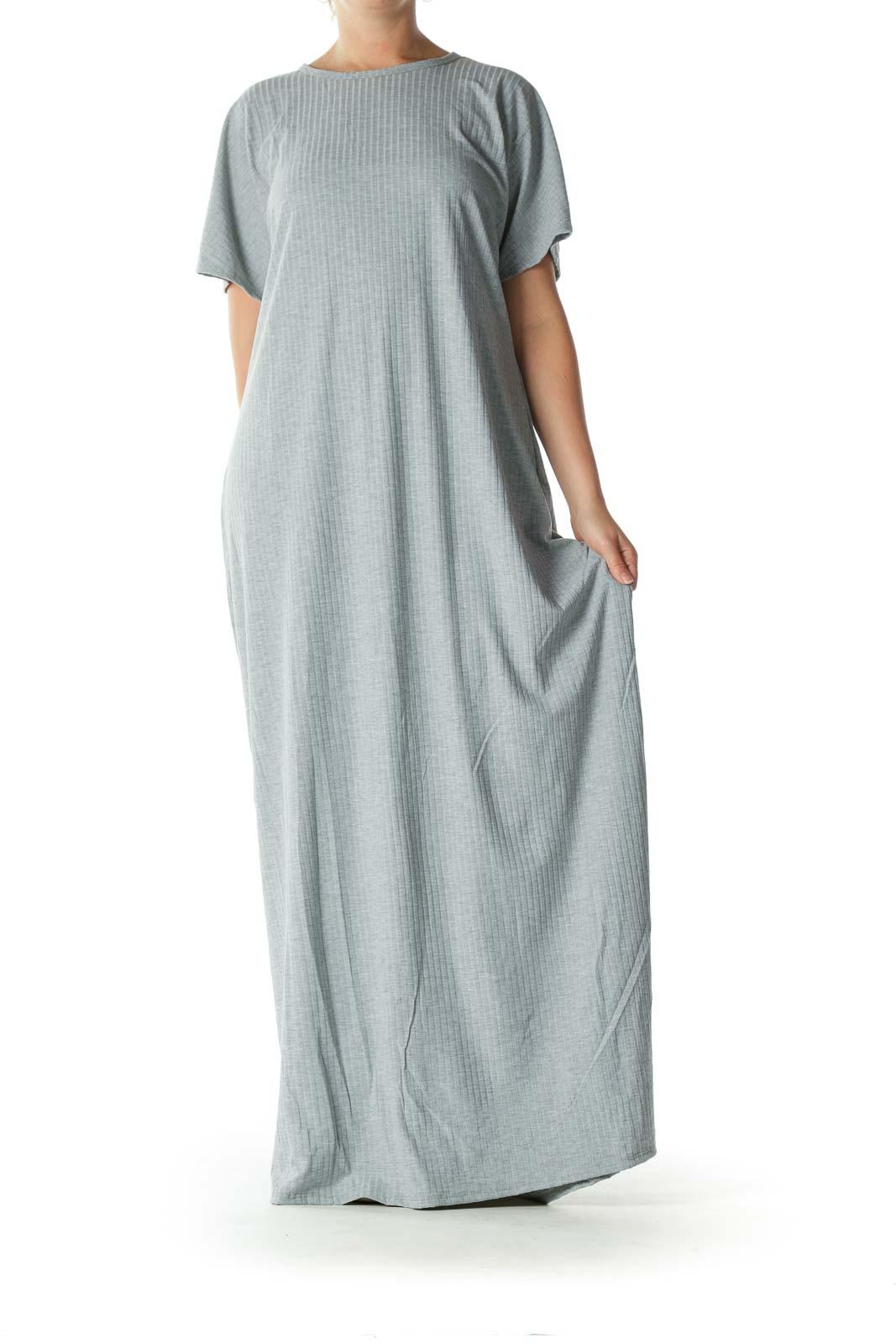 Gray Short-Sleeve Stretch Textured Maxi Dress