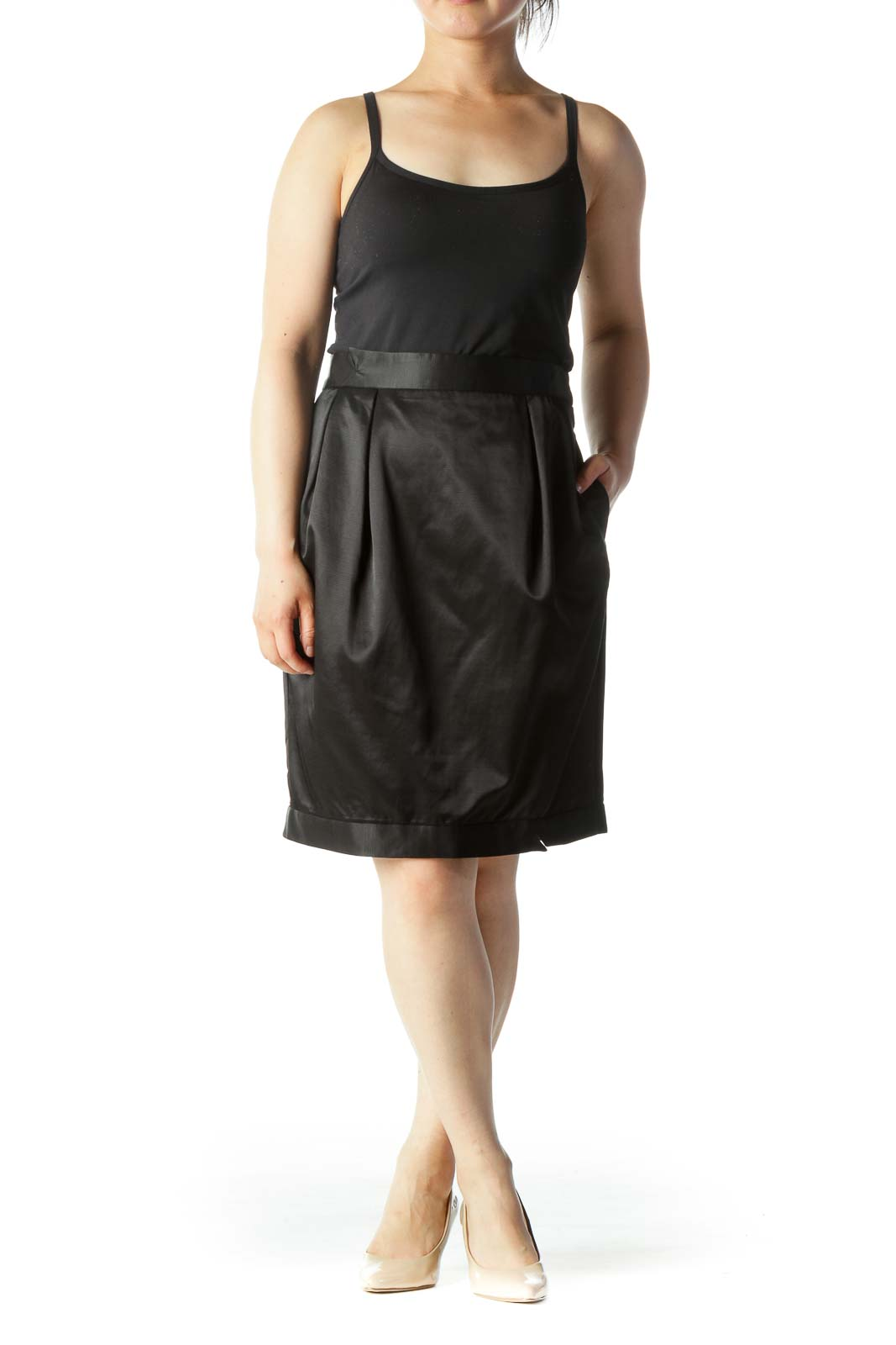Black Pleated Pocketed High-Waisted Skirt
