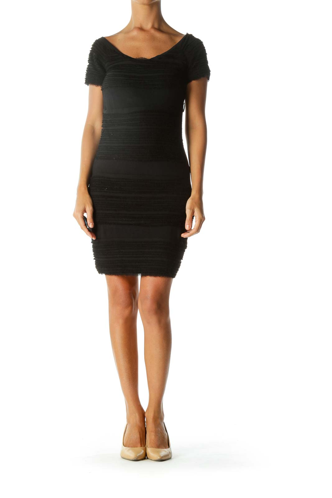 Black Textured Short Sleeve Cold-Shoulder Stretch Cocktail Dress