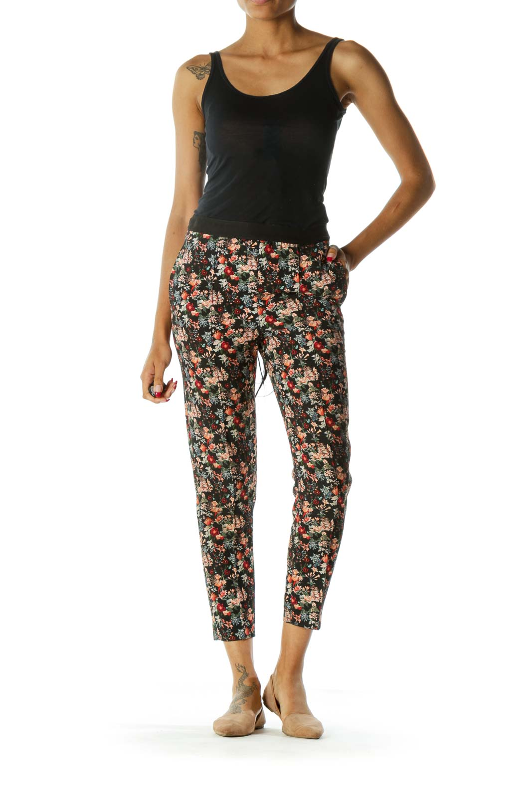 Black Floral Print Pocketed Tapered Pants
