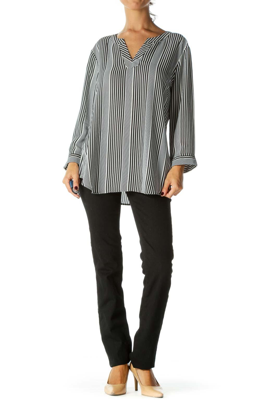 Black & White Varying-Width Striped V-Neck Blouse