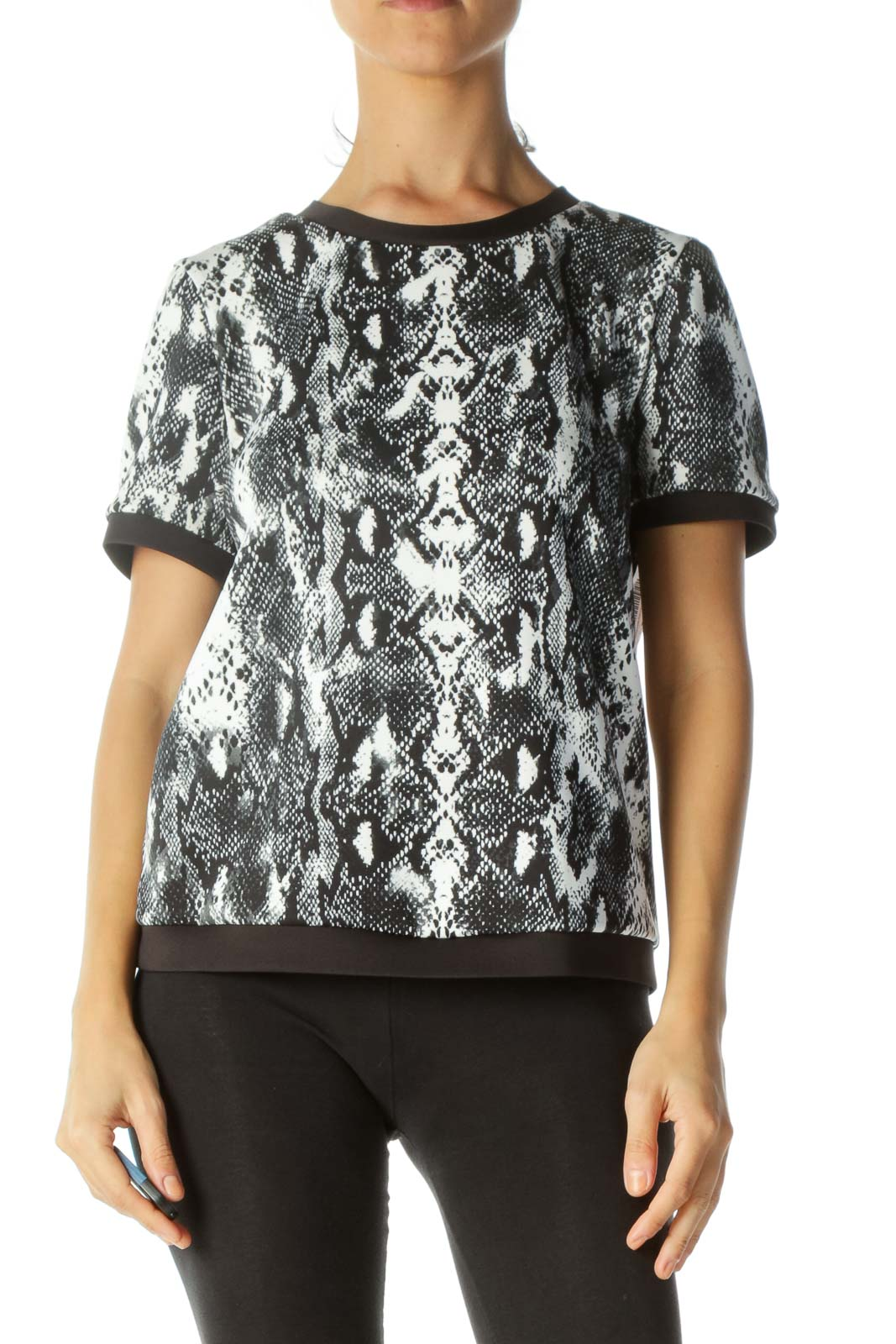 Black&White Snake Print Top