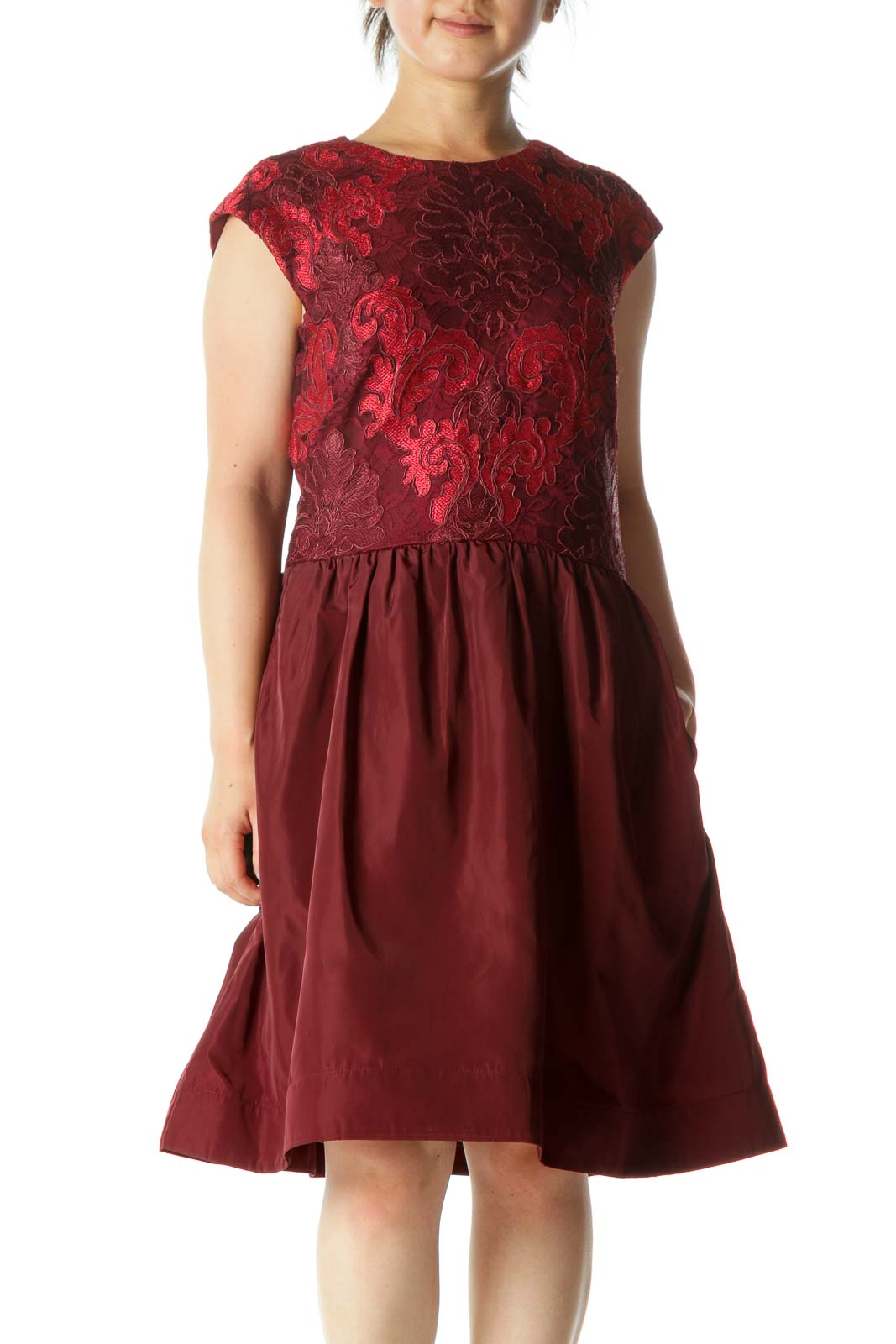 Burgundy Red Lace Knit Cinched Waist Structured Skirt-Rim Cocktail Dress