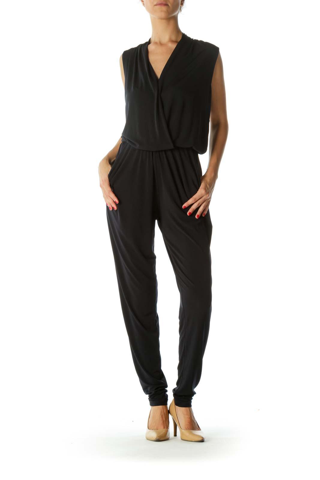 Black Pocketed Sleeveless Jumpsuit