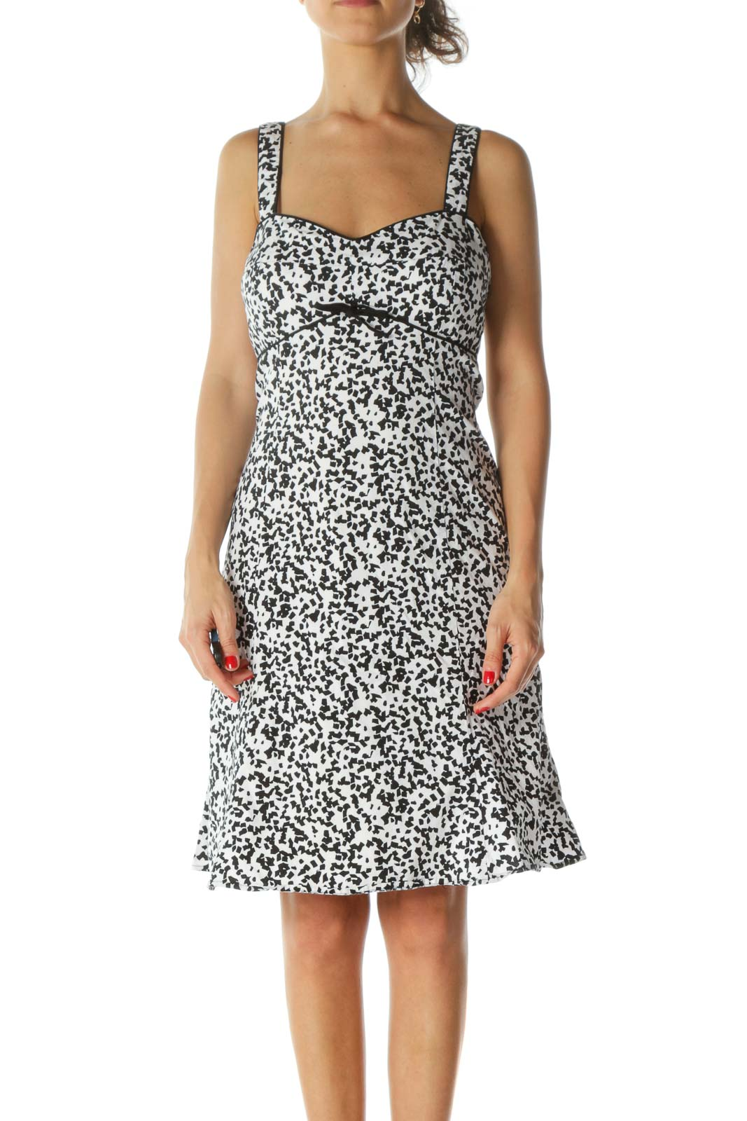 Black White Cotton Blend Sweetheart-Neckline Padded Stretch Day Dress