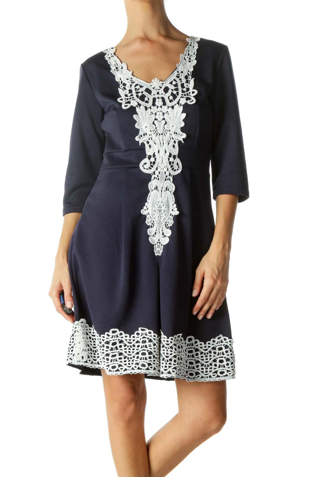 Navy Blue White Lace Trim Detail V-Neck Stretch 3/4 Sleeve Dress