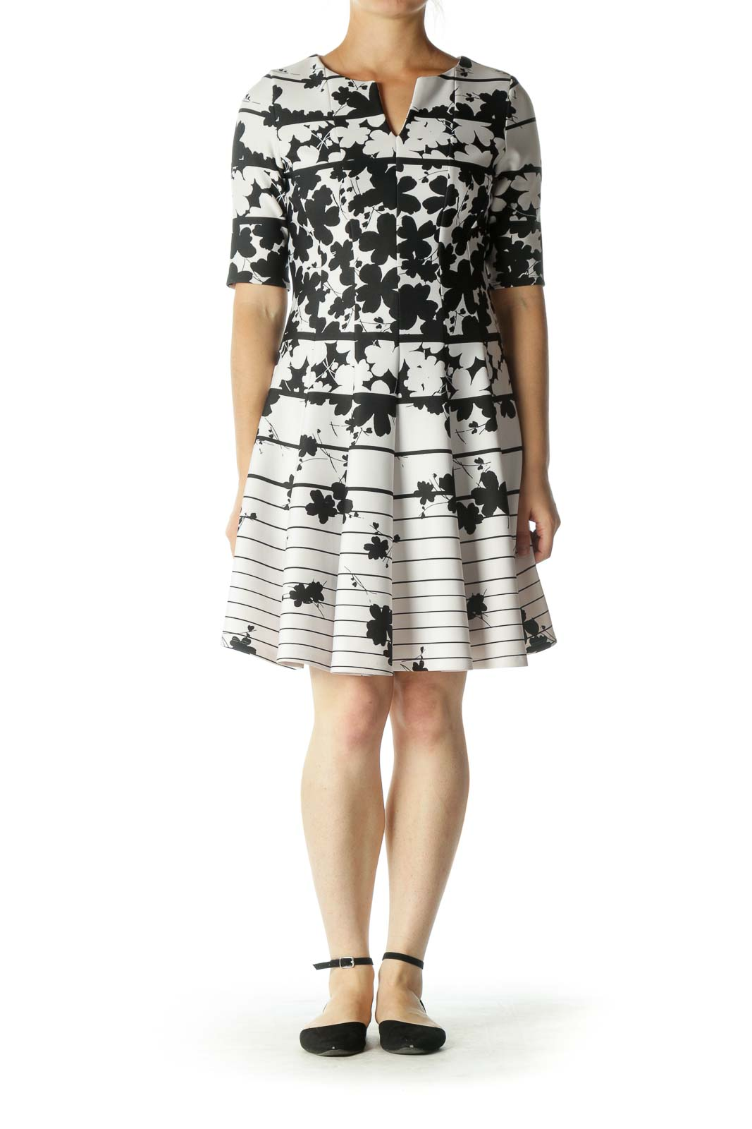 Black White Floral Print V-Neck Dress