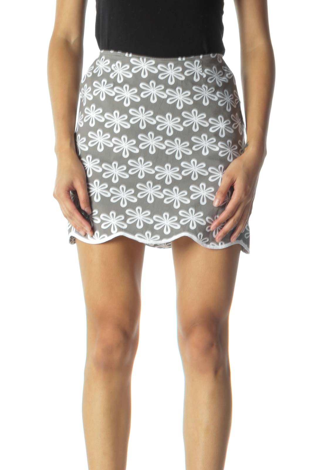 Gray and White Flower Print Scalloped Skirt