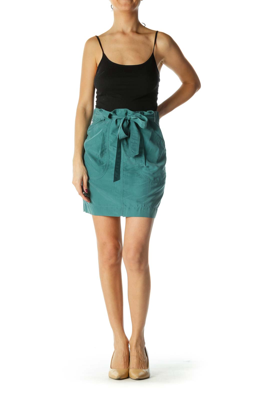 Green Pocketed Mid Rise Flared Skirt