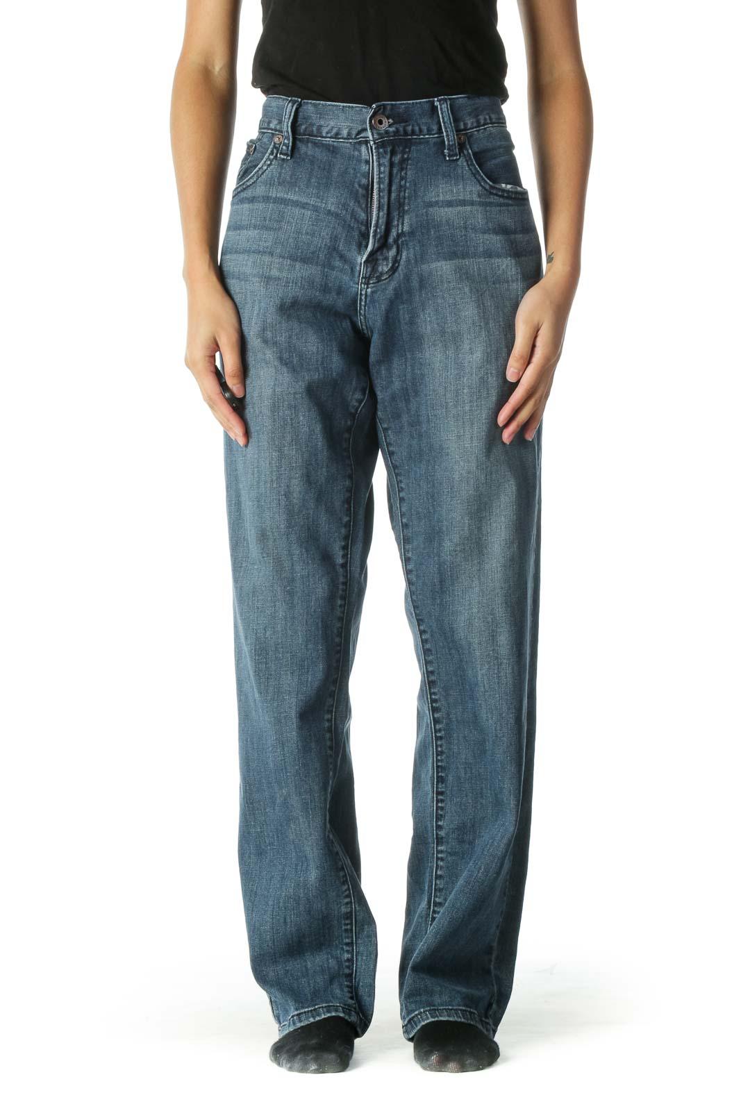Blue Medium Wash Straight Leg Jeansq