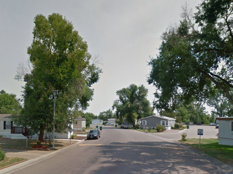 Room for rent in mobile home in Fort Collins, CO