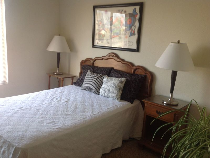 Great Room to Rent in Victorville, CA