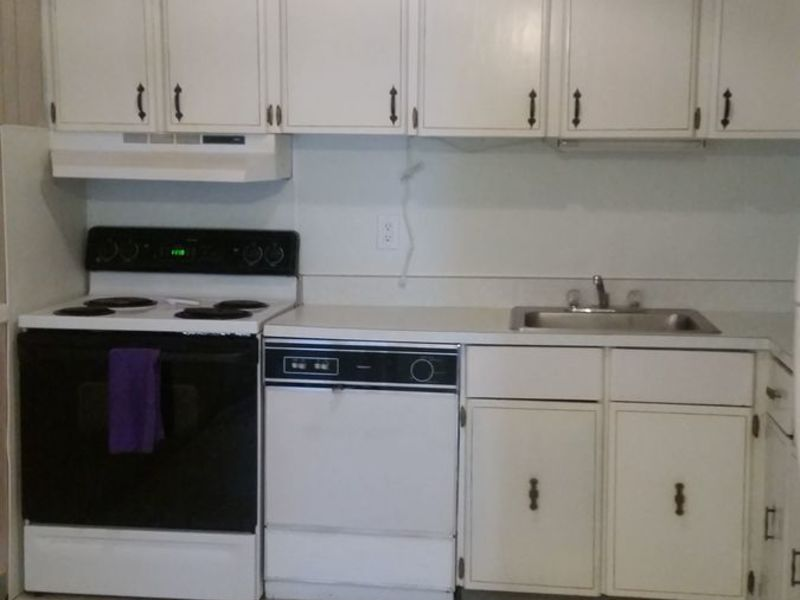 1 bedroom available in townshouse in East Windsor, NJ