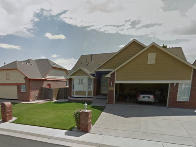 ranch house with full basment, double garage in Thornton, CO