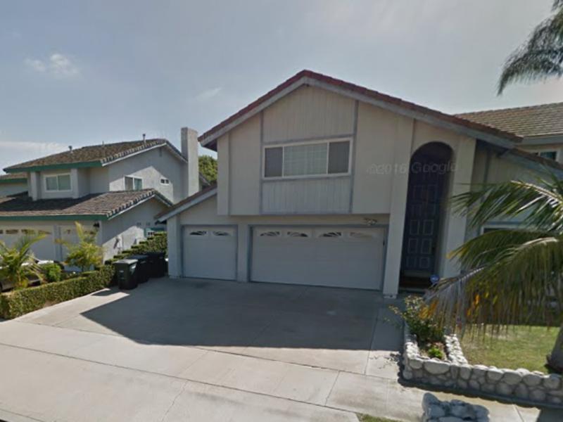 Room for rent in Orange, CA
