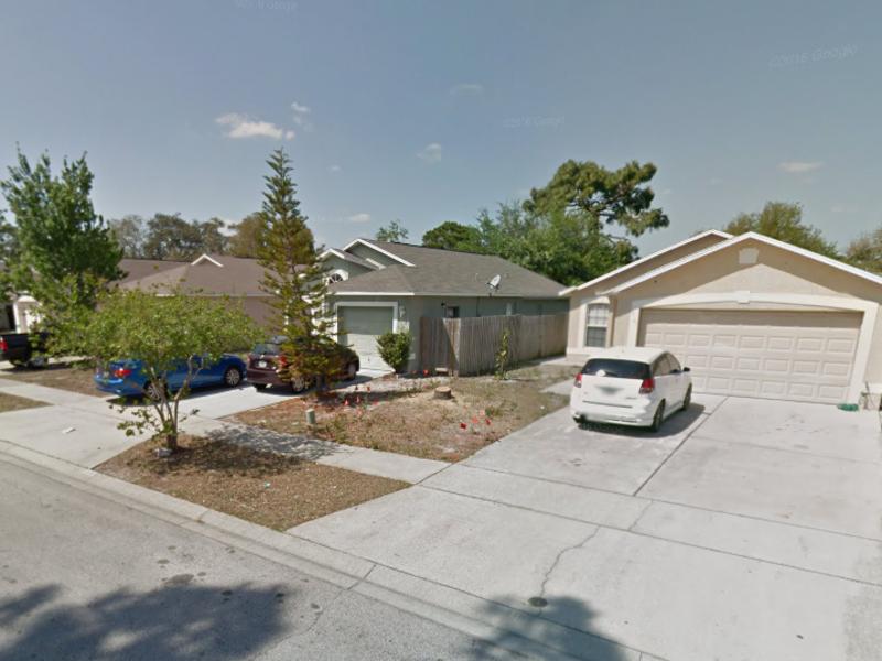 single family home in Orlando, FL